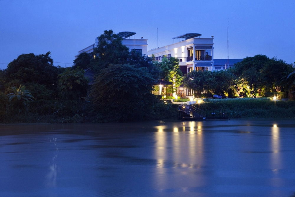 Aruntara riverside boutique hotel thailand thailanddirect for Boutique hotel 01